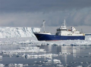 The Janas fishing for Antarctic Toothfish in the Ross Sea